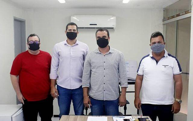 Prefeitura recebe gerente do ponto de apoio do Bradesco Itaquitinga