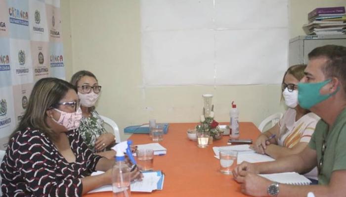 Secretaria de Educação de Itaquitinga realiza reunião entre secretários e gestores